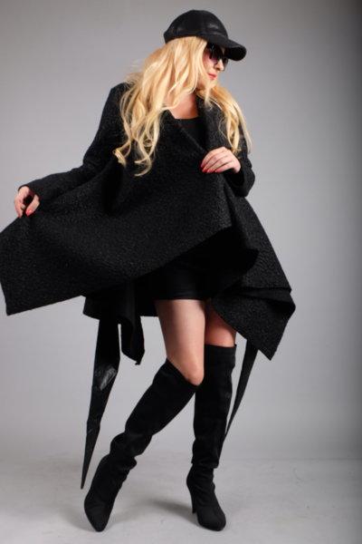 Ефектно есенно палто