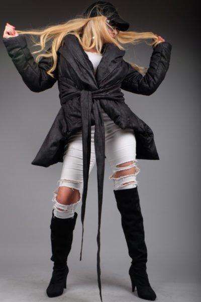 Спортно елегантно  ефектно палто