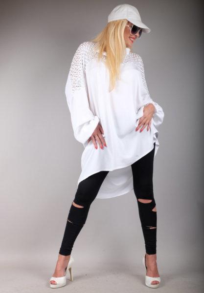 Елегантна дълга риза  съчетана с релефна бяла дантела