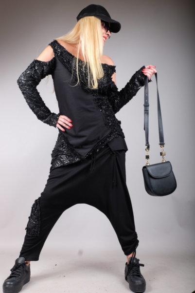 Впечетляваща блуза с ефектен дизайн