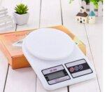 Дигитална кухненска везна до 10 кг