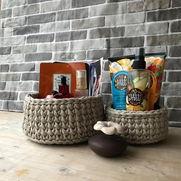 Комплект ръчно плетени кошници