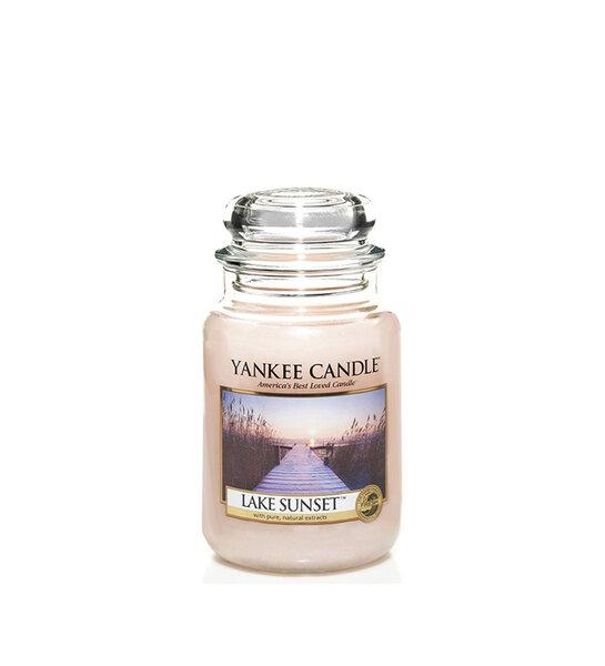 Свещ голям буркан Yankee Candle LAKE SUNSET