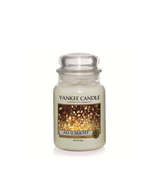 свещ голям буркан Yankee Candle All is Bright