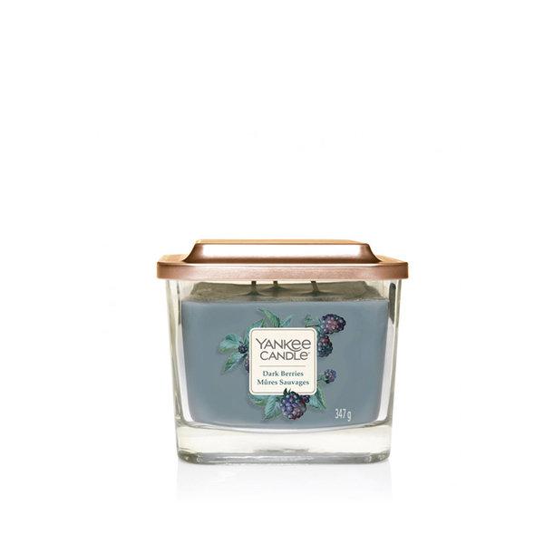 ароматна свещ среден буркан Yankee Candle Elevation Dark Berries