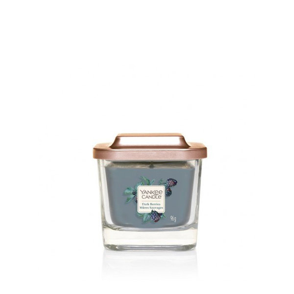 ароматна свещ малък буркан Yankee Candle Elevation Dark Berries