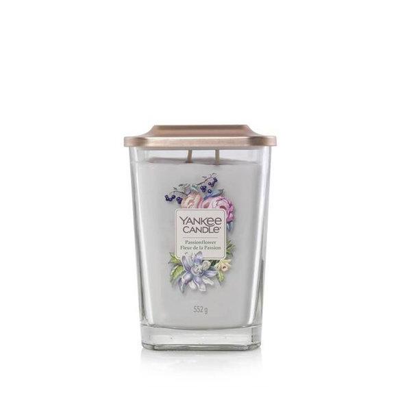 Свещ голям буркан Yankee Candle Elevation Passionflower